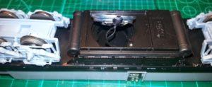 Kabel für Lautsprecher durchgezogen